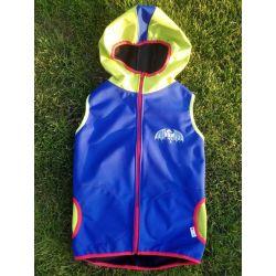softshellová vesta s kapucí