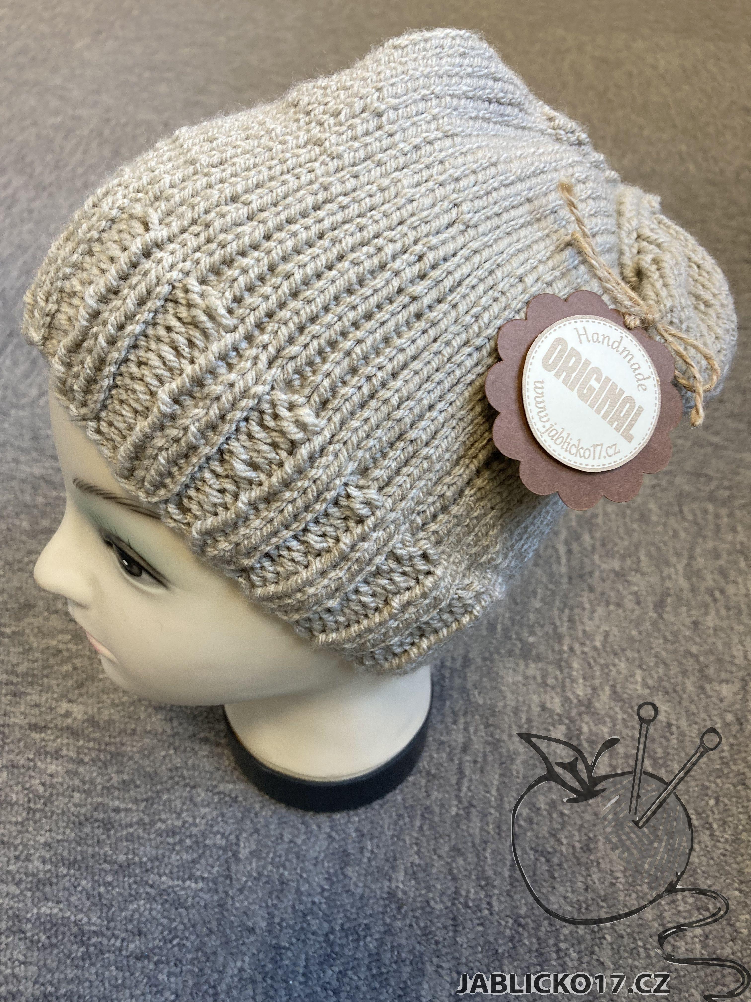 Ručně pletená čepice